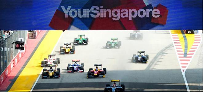 Đường đua F1 lừng lẫy tại Singapore. Ảnh: CNN